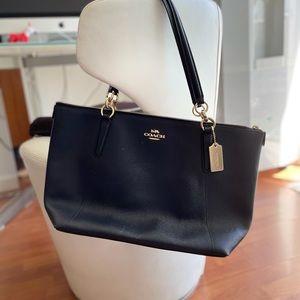 Coach bag navy blue leather